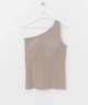 CUP IN ONE SHOULDER TANK